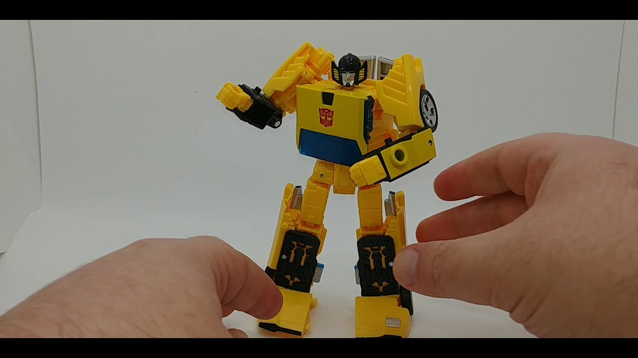 Chuck's Reviews Transformers Earthrise Sunstreaker