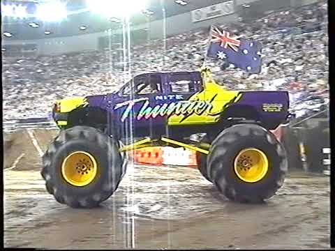Australian Monster Trucks -Melbourne Show 1999(Motor Mayhem)