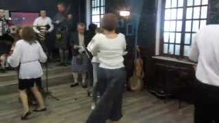 Scottish Cèilidh Dancing. Circassian Circle