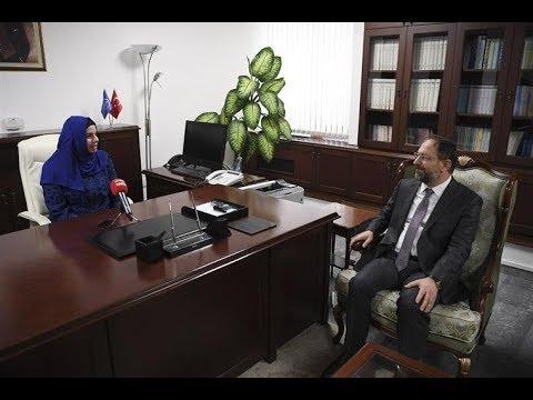 Diyanet İşleri Başkan Yardımcılığına atanan Prof. Dr. Huriye Martı görevine başladı.