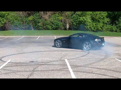 Donuts In The Aston Martin V12 Vantage S – 4K UHD 60FPS