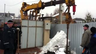 Японский ямобур Айчи D705 шасси КАМАЗ 6х6 аренда +7(495)790-54-30(Установка столба японским ямобуром на шасси камаз 4310 вездеход 6х6., 2012-03-19T18:00:31.000Z)