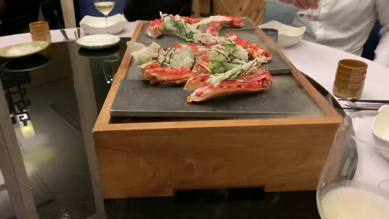 #臺中響海鮮的烤帝王蟹 #臺中高檔海鮮餐廳上菜的氣魄 - YouTube
