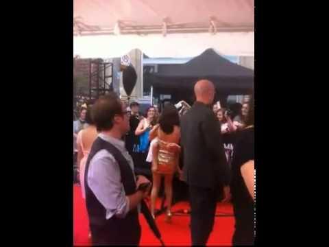 Selena Gomez chegando na premiação Much Music Video Awards 2012