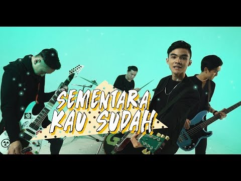 Insomniacks - Selalu (Official Lyric Music Video)