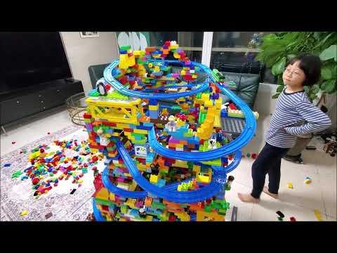 LEGO Christmas Tree With Railroad Track / Jang Ian & Mariah Carey  레고 크리스마스 트리 / 장이안 & 머라이어 캐리 캐롤