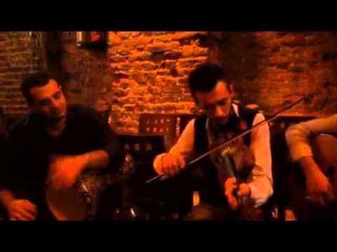 Meyhane Tiryaki - Sanadır Bu Şarkı
