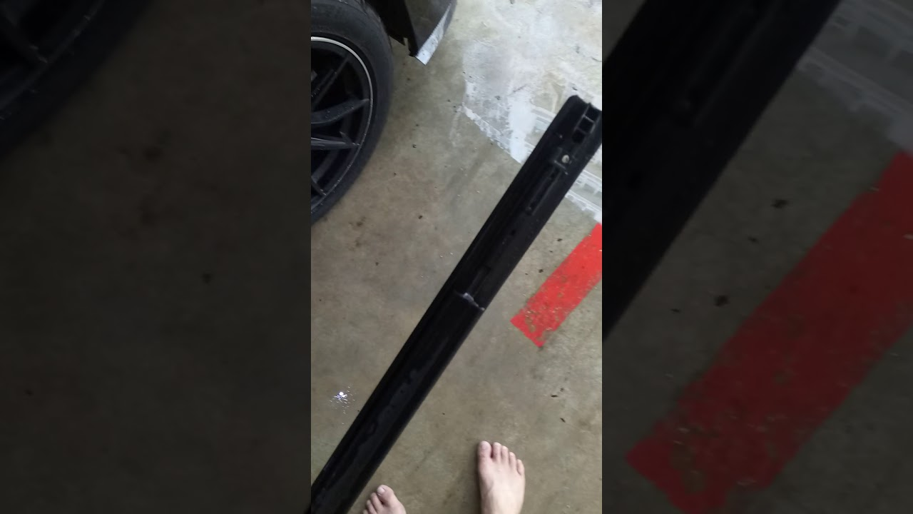 Toyota Estima Roof Rubber Strip Install Guide Youtube