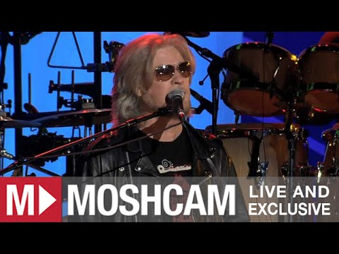 Daryl Hall & John Oates - Kiss On My List/Private Eyes | Live In Sydney | Moshcam