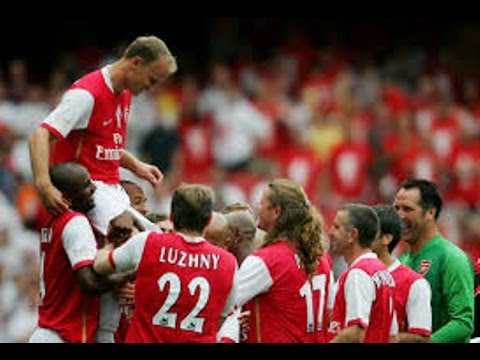 #ALL CLASSIC SOCCER PLAYER DENNIS BERGKAMP INAUGURACION 22JULY2006