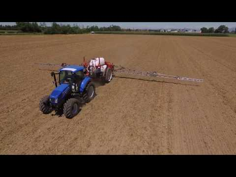 KUHN LEXIS 3000 - Trailed agricultural sprayers (In action)