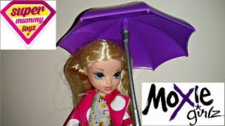 Moxie Girlz Doll Avery Raincoat Colour Splash Toy Review