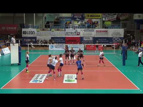 Dabrowa vs Bielsko Biala (black shirt, n°9)