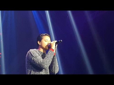 Daniel Padilla sings Creep at Vice Ganda's Concert