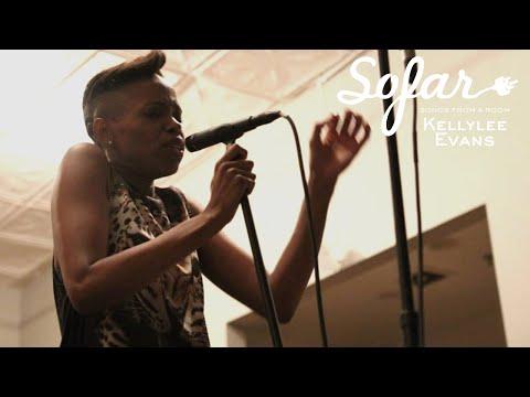 Kellylee Evans - And So We Dance (Stromae Cover) | Sofar NYC