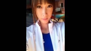 元プロボクサーで人気俳優の赤井英和さんの娘さん。 いやはや色っぽい。...