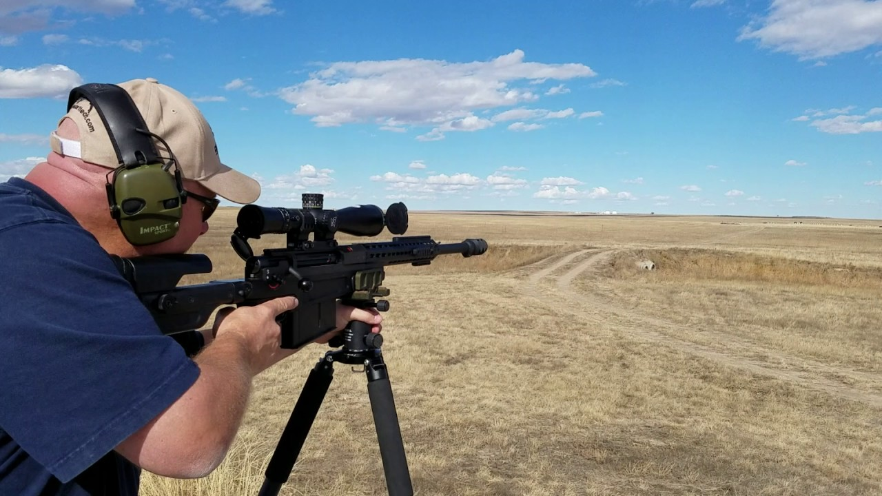 Accuracy International AX50 First round Hit at 1000 yards