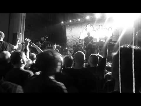 Go Buddy Go and No More Heroes - The Stranglers Glasgow 2015