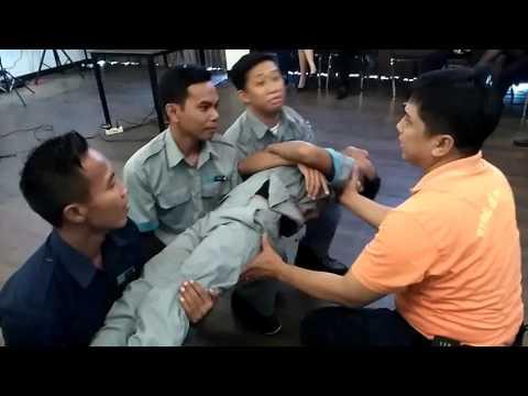 Training first aids Hotel I Doop Mataram By. Wahyudi Kurnianto (CE I Doop Hotel)