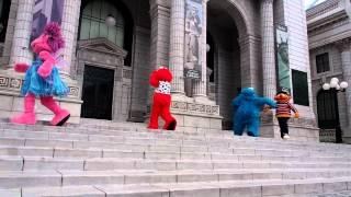 Sesame Street in USS - Elmo Song