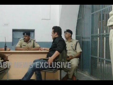 Blackbuck Poaching Case: Exclusive picture of Salman Khan in conversation with police officials