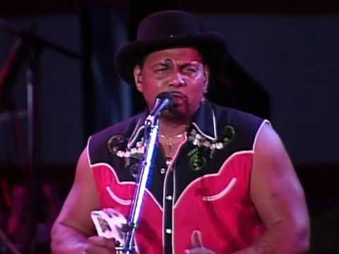 The Neville Brothers - Yellow Moon (Live at Farm Aid 1994)