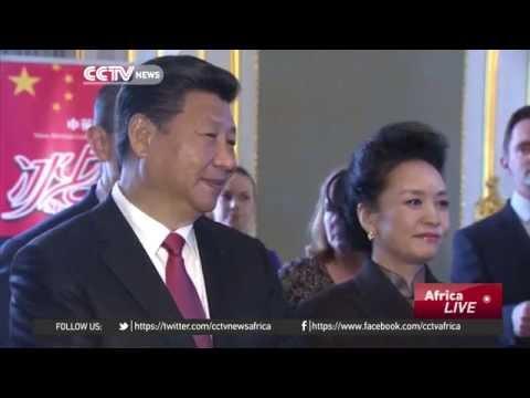 President Xi Jinping meets Prime Minister David Cameron