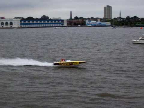 Wazzup Offshore Racing Team