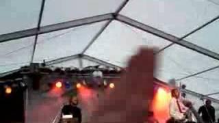 Friska Viljor - We Are Happy Now (La La La) -- Immergut '07
