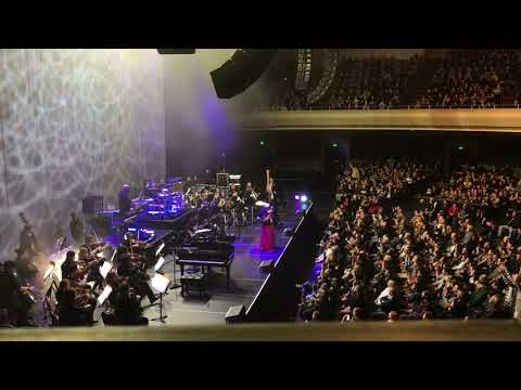Evanescence - Synthesis @ The Masonic on 12/16/17 - Bring Me To Life
