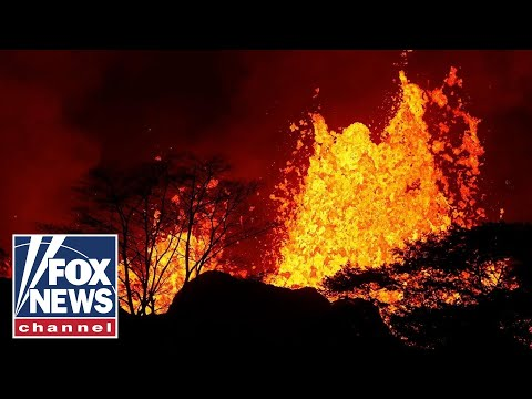 Hawaii man suffers shattered leg after hit by lava spatter