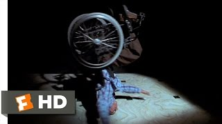 Scary Movie 2 (5/11) Movie CLIP - Nike Freestyle Spoof (2001) HD