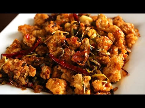 Spicy garlic fried chicken (Kkanpunggi: )