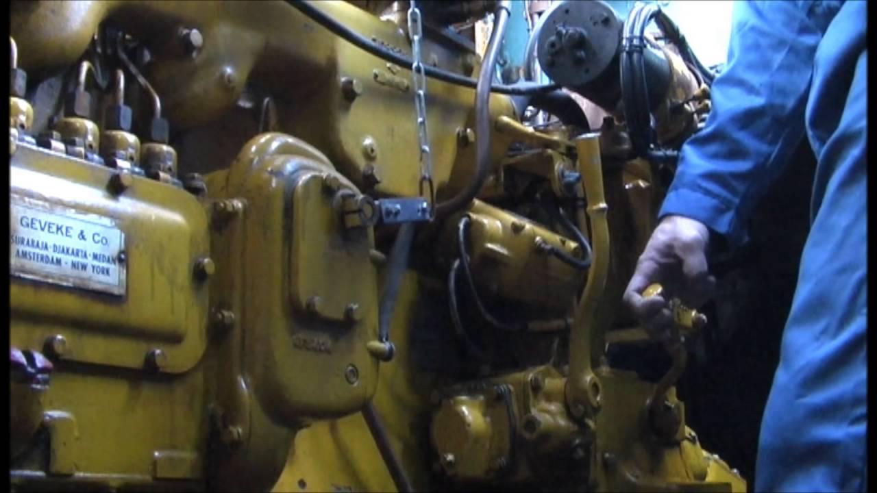 Caterpillar D318 Marinesel Engine Start Proces