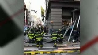 Scaffolding collapses in New York City