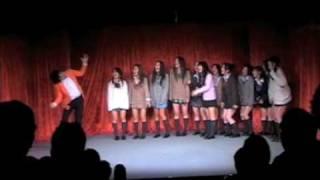 punchline Vol.04のイントロ 華々しく歌って踊ったプラチナムプロダクシ...