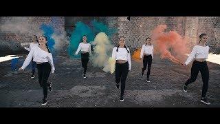 Shuffle Dance Clip &quotUmbrella&quot