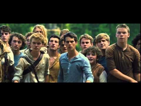 The Maze Runner - Thomas Goes Into The Maze