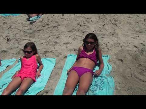 Holly's Beach Song