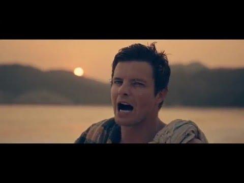 Elvis Blue – Êrens in die middel van nêrens (Amptelike Musiek Video)