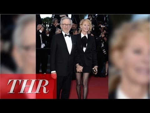 Live From Cannes: Steven Spielberg, Chloe Sevigny, Red Lip Trend Make Today's Headlines in Cannes