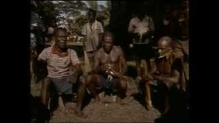 (28) La Collection COUSTEAU - La machine à remonter le temps - Papouasie Nouvelle-Guinée 1 ...