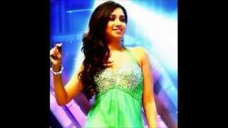 shreya-ghoshal-singing-lata-mangeshkar-s-hits