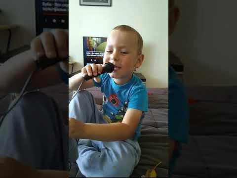 Гимн железнодорожника в исполнении Льва Гележи, 3 года