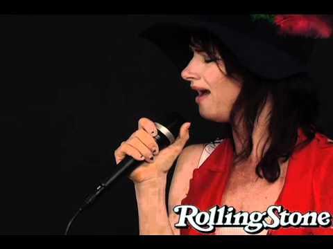 Juliette Lewis Sings A Slow Blues
