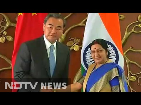 Chinese Minister, Sushma Swaraj have long discussion on India's Nuke group bid: Sources