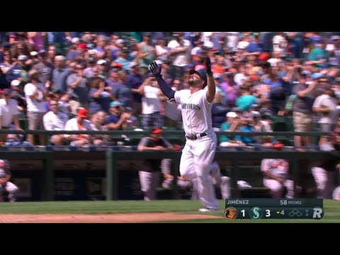 BAL@SEA: Alonso hammers first homer as a Mariner