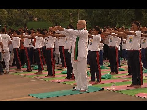 Indian PM leads yoga exercise