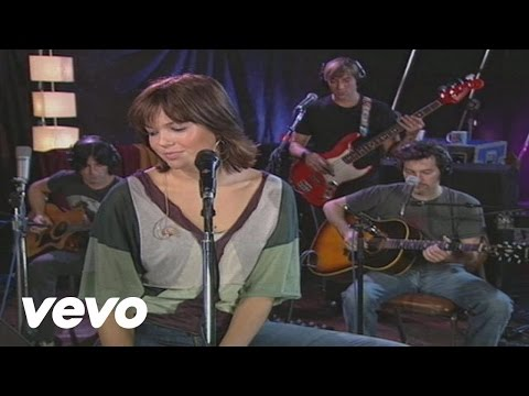 Mandy Moore - Moonshadow (Sessions@AOL)