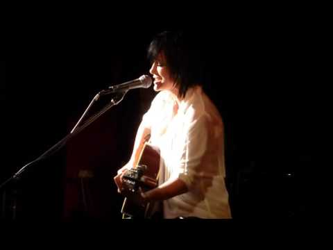 Sarah Mcleod Blue Moon Live at Bennetts Lane Jazz Club